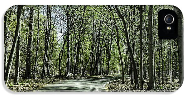 M119 Tunnel Of Trees Michigan IPhone 5 Case