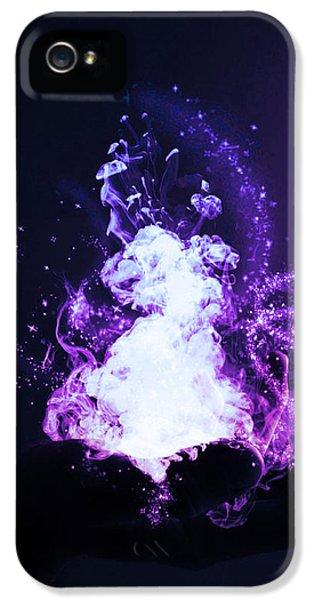 Magician iPhone 5 Case - Magic by Nicklas Gustafsson