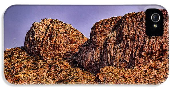 IPhone 5 Case featuring the photograph Majestic 15 by Mark Myhaver