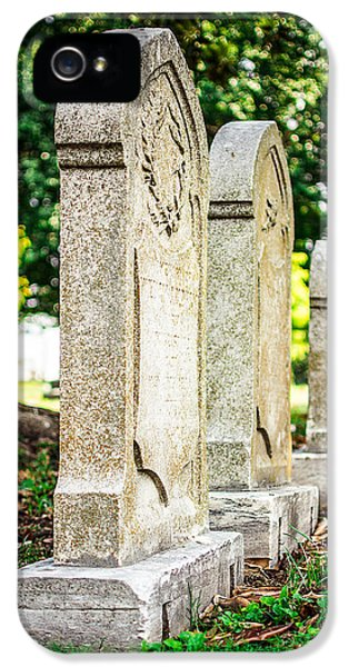 Memphis Elmwood Cemetery Monument - Four In A Row IPhone 5 Case by Jon Woodhams