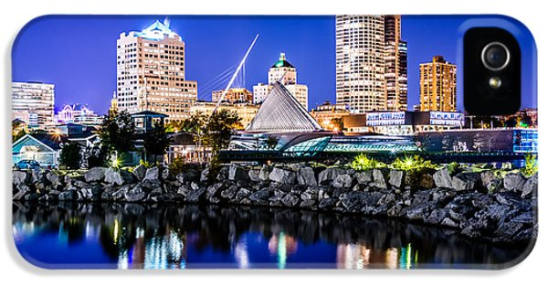 Milwaukee Skyline At Night Photo In Blue IPhone 5 Case by Paul Velgos