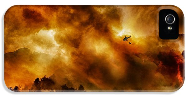Helicopter iPhone 5 Case - Missione Impossibile... by Antonio Grambone