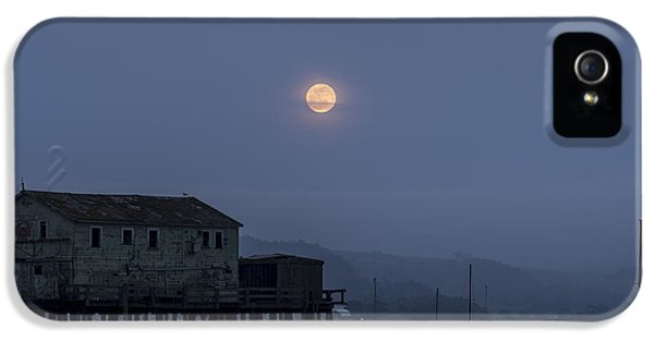 Moonrise Over The Harbor IPhone 5 Case