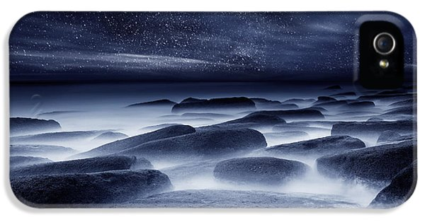 Weather iPhone 5 Case - Morpheus Kingdom by Jorge Maia