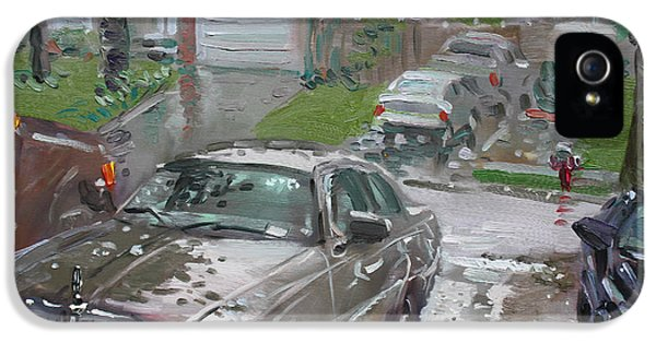 Town iPhone 5 Case - My Lincoln In The Rain by Ylli Haruni