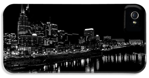 Nashville Skyline At Night In Black And White IPhone 5 Case by Dan Sproul