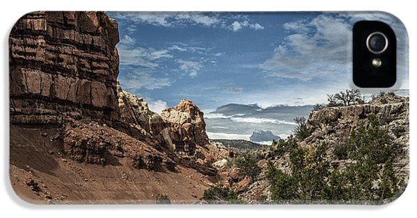 Breathe iPhone 5 Case - New Mexico Grande by Terry Rowe