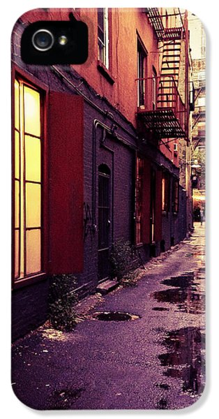 New York City Alley IPhone 5 Case by Vivienne Gucwa