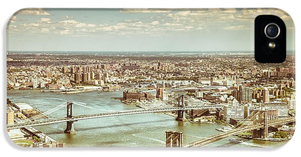 New York City - Brooklyn Bridge And Manhattan Bridge From Above IPhone 5 / 5s Case by Vivienne Gucwa