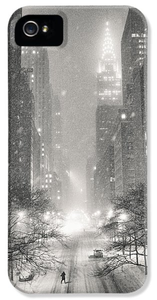 New York City - Winter Night Overlooking The Chrysler Building IPhone 5 Case