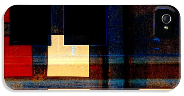 Night Moves IPhone 5 Case by Carol Leigh