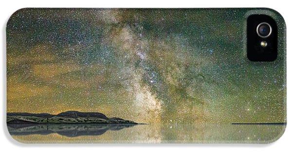 North Bend Milky Way IPhone 5 Case by Aaron J Groen