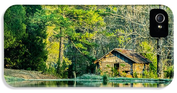Old Cabin By The Pond IPhone 5 / 5s Case by Parker Cunningham