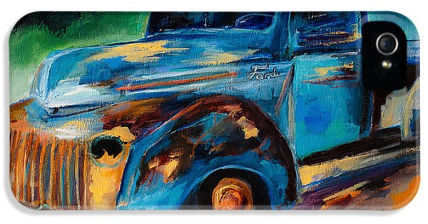 Old Ford In The Back Of The Field IPhone 5 Case by Elise Palmigiani