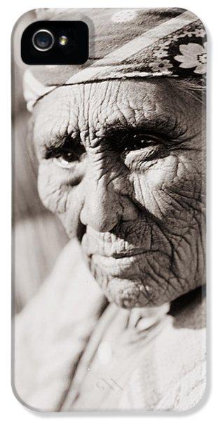 Old Klamath Woman Circa 1923 IPhone 5 Case by Aged Pixel