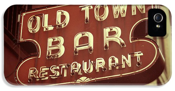 Town iPhone 5 Case - Old Town Bar - New York by Jim Zahniser