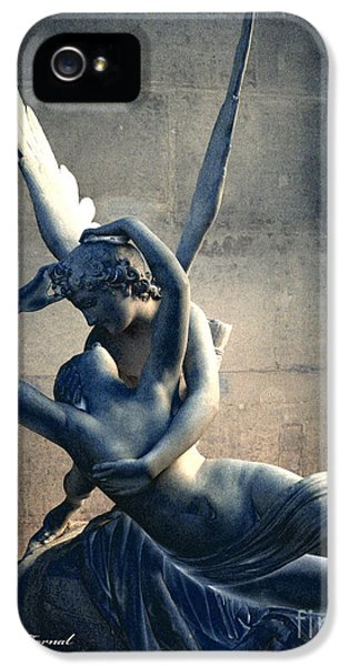 Louvre iPhone 5 Case - Paris Eros And Psyche Romantic Lovers - Paris In Love Eros And Psyche Louvre Sculpture  by Kathy Fornal