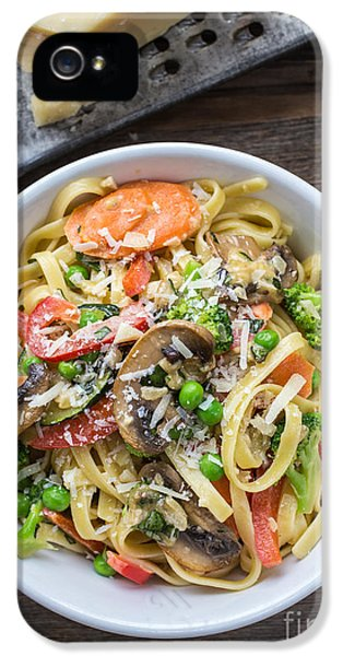 Pasta Primavera Dish IPhone 5 Case by Edward Fielding