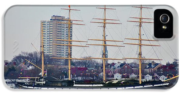 Penns Landing - The Mushulu IPhone 5 Case by Bill Cannon