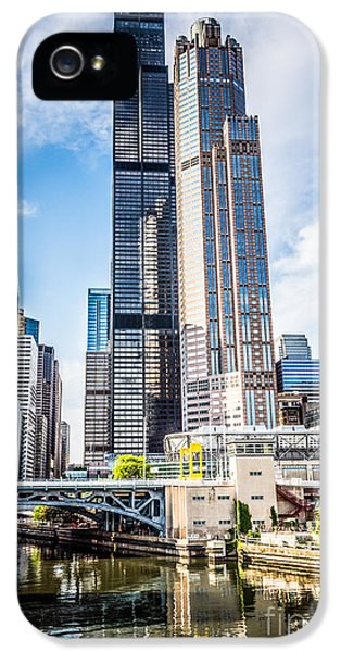Picture Of Chicago Buildings With Willis-sears Tower IPhone 5 Case