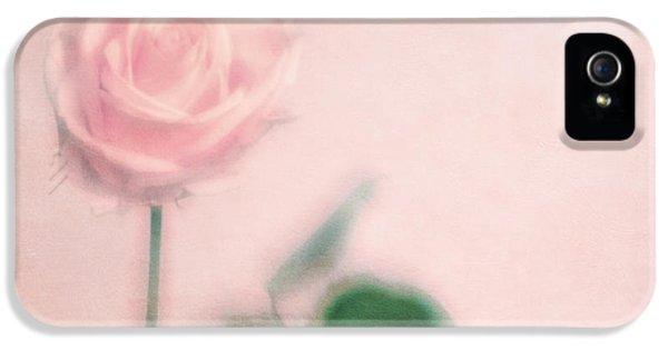 Rose iPhone 5 Case - pink moments II by Priska Wettstein