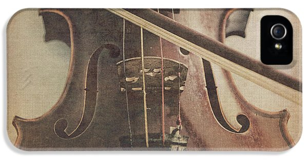 Violin iPhone 5 Case - Play A Tune by Emily Kay