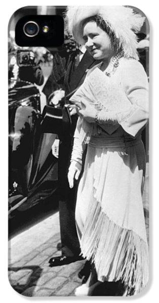 Queen Elizabeth Fashion IPhone 5 Case by Underwood Archives