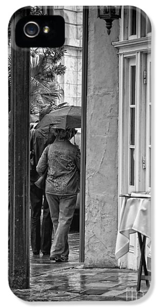 Rainy Day Lunch New Orleans IPhone 5 Case by Kathleen K Parker