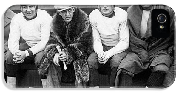 Red Grange On Bears Bench IPhone 5 Case by Underwood Archives