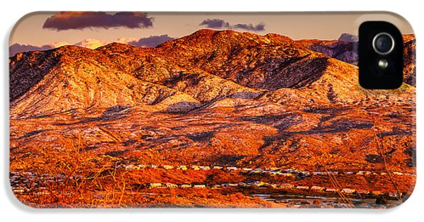 IPhone 5 Case featuring the photograph Red Planet by Mark Myhaver