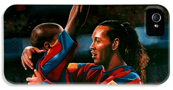 Ronaldinho And Eto'o IPhone 5 / 5s Case by Paul Meijering