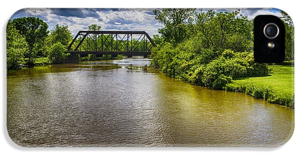 IPhone 5 Case featuring the photograph Royal River by Mark Myhaver