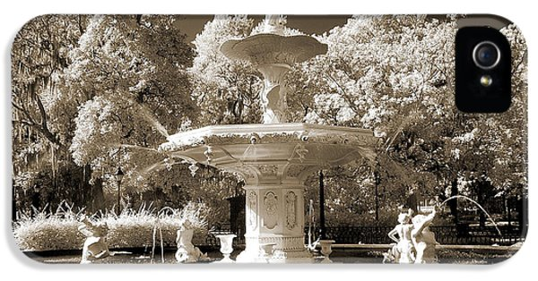 Savannah Georgia Fountain - Forsyth Fountain - Infrared Sepia Landscape IPhone 5 Case by Kathy Fornal