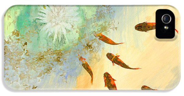 Koi iPhone 5 Case - Sette Pesciolini Verdi by Guido Borelli