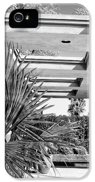Sinatra Patio Bw Palm Springs IPhone 5 Case