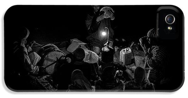 Drum iPhone 5 Case - Singing To The Night by Angel Bernaldo De