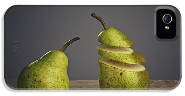 Pear iPhone 5 Case - Sliced by Nailia Schwarz