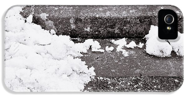 Snow By The Kerb IPhone 5 Case