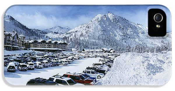 Snow Covered Cars In A Parking Lot IPhone 5 Case