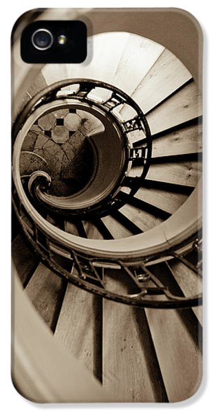 Spiral Staircase IPhone 5 / 5s Case by Sebastian Musial