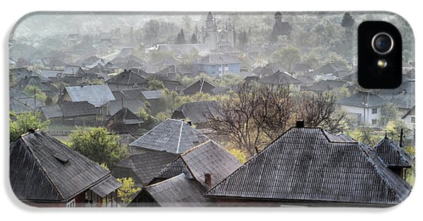 Town iPhone 5 Case - Spring Morning by Andrei Nicolas -