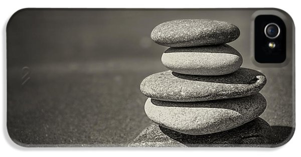 Stacked Pebbles On Beach IPhone 5 Case