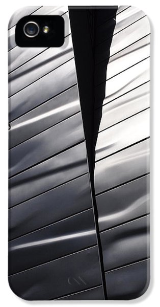 Steel Currents IPhone 5 / 5s Case by Rona Black