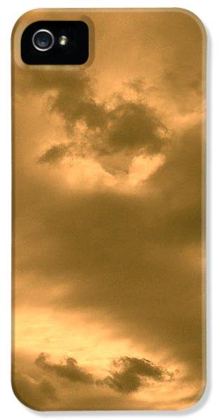 iPhone 5 Case - Strange Atmosphere by Orphelia Aristal
