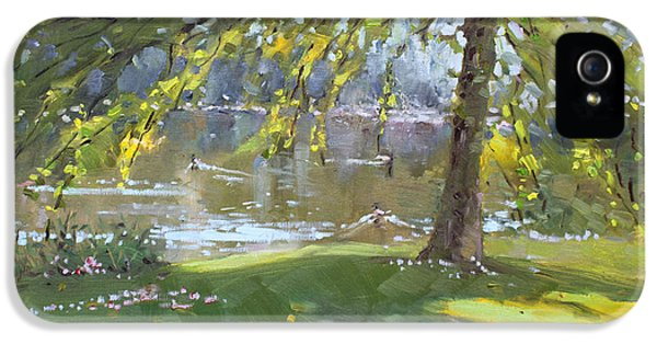 Sunday By The Pond In Port Credit Mississauga IPhone 5 Case by Ylli Haruni