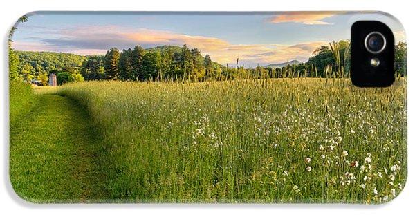 Sunny Valley Sunrise IPhone 5 Case