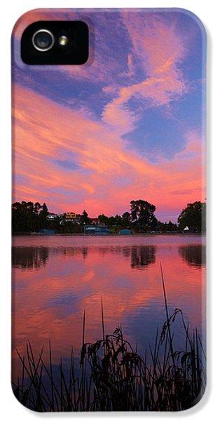Sunrise Over Lake Rotoroa, Hamilton IPhone 5 Case