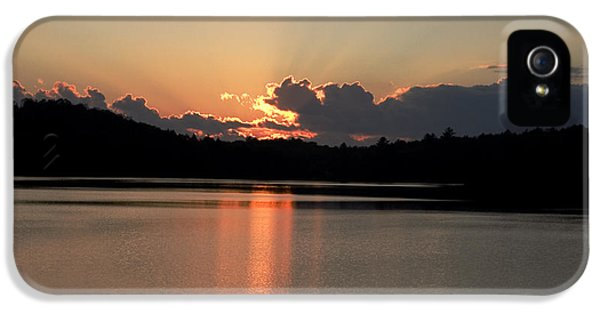 Dorset iPhone 5 Case - Sunset At Lake Of Bays  by Pat Speirs