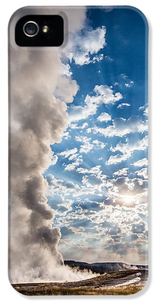 Sunset Over Old Faithful - Vertical IPhone 5 Case by Andres Leon