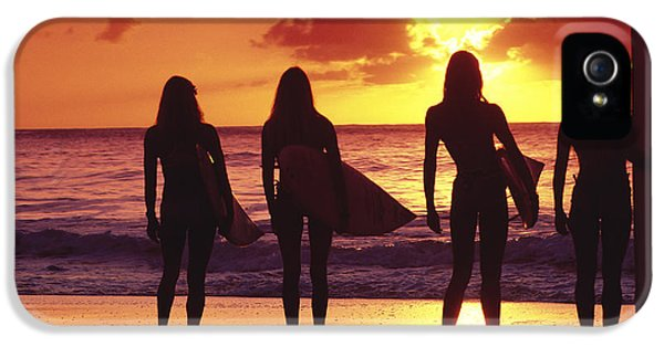 Surfer Girl Silhouettes IPhone 5 Case